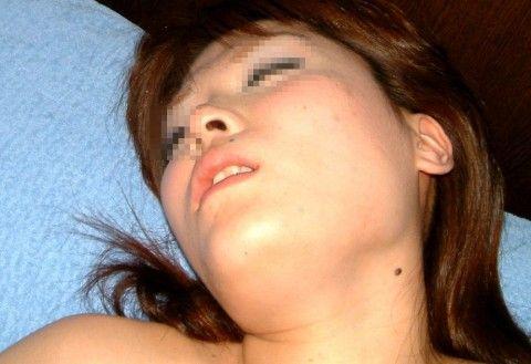 素人娘のアクメ顔した喘ぎ声のハメ撮りエロ画像 46595850