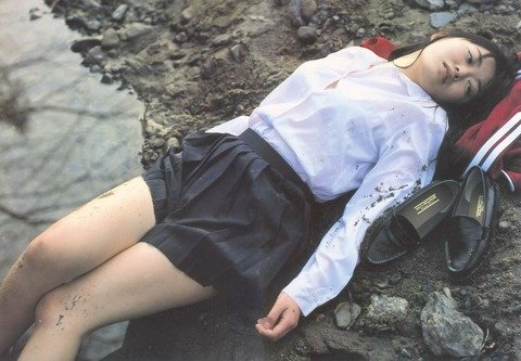 ガチ素人がレイプされてる風ヤバいエロ画像 4ca27347