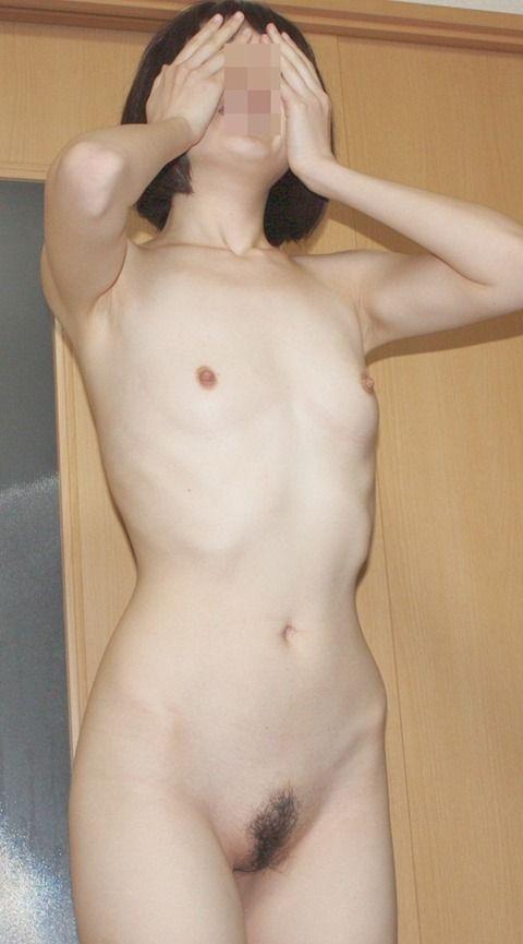 本当にまな板だと思った素人娘の貧乳おっぱいエロ画像 53aad0f8