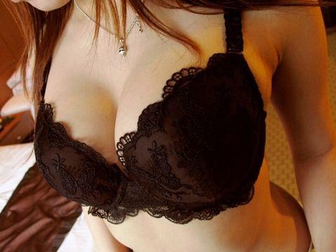 これからsexする素人娘の下着姿のエロ画像 5484cd52