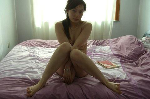 自意識過剰なセフレの素人妻をホテルで撮影したエロ画像 59a824f3