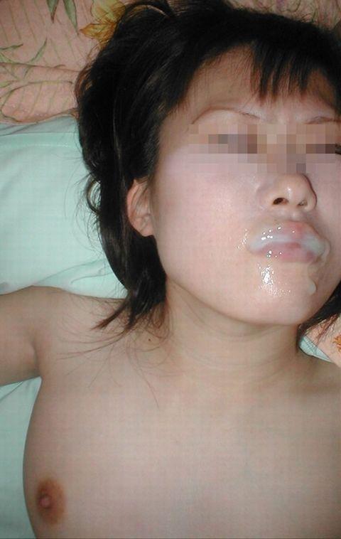 素人娘が大量にザーメンぶっかけられてるエロ画像 62610951