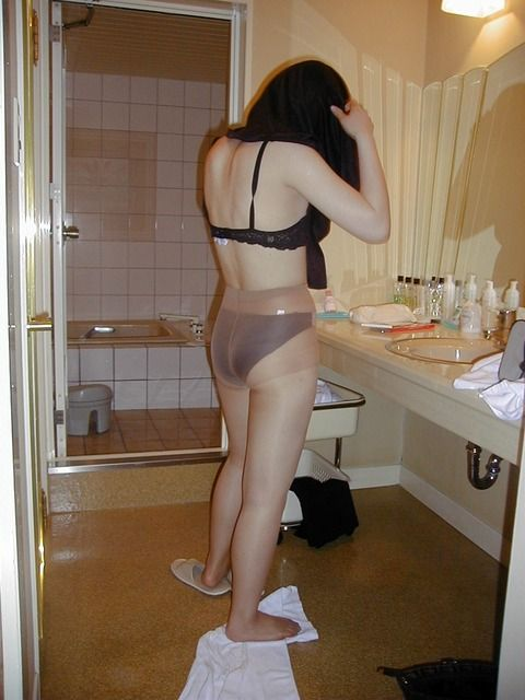 素人妻の不倫セクロスハメ撮り流出エロ画像 65967146