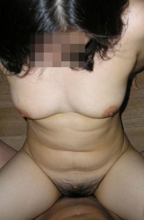 程よくたるみ始めた人妻熟女の素人エロ画像 65a3fd73