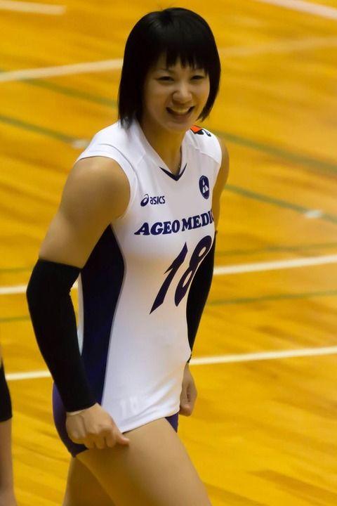 女子バレー吉村志穂のおっぱいが巨乳なエロ画像 6d815435