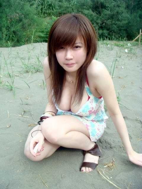 アジアン美女の自画撮り素人エロ画像 735c4203