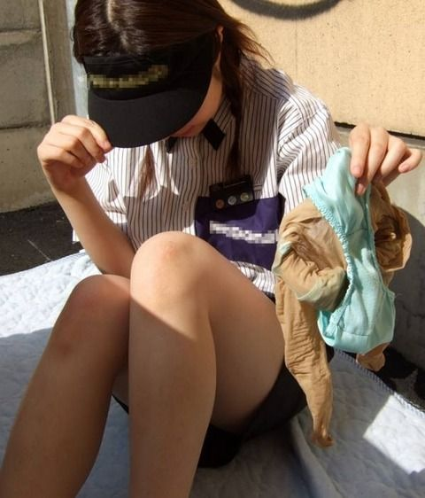 ハンバーガー店員のガチヤバ流出素人エロ画像 864fa5a7