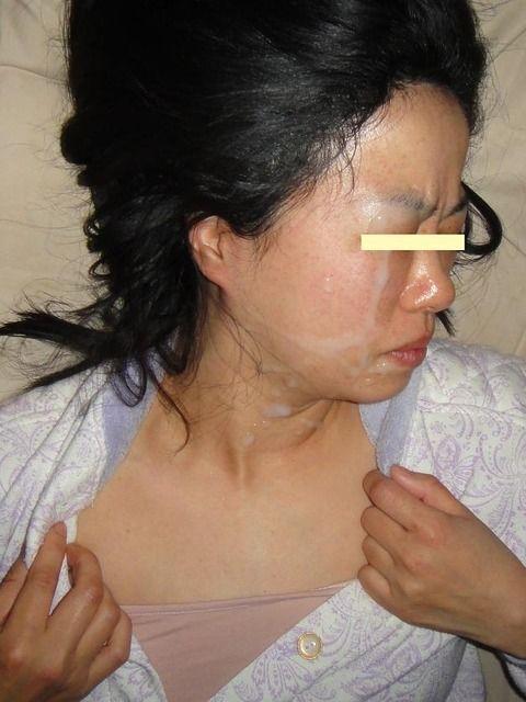 セフレにおもいっきりザーメン顔射ぶっかけされた素人エロ画像 8f4f6725