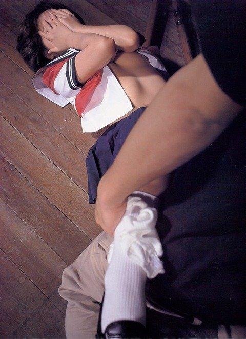 ガチ素人がレイプされてる風ヤバいエロ画像 9802fb59