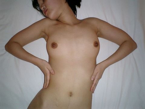 彼女がいたらと妄想膨らむ素人娘のエロ画像 b3a12c36