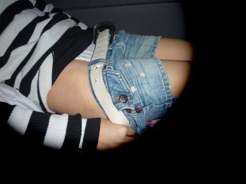 寝てる隙に隠し撮りされ流出した素人娘のエロ画像 bb55cada