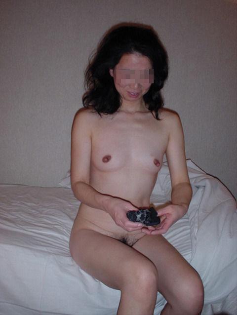 好き嫌いがはっきり別れる素人熟女のエロ画像 be401fc3