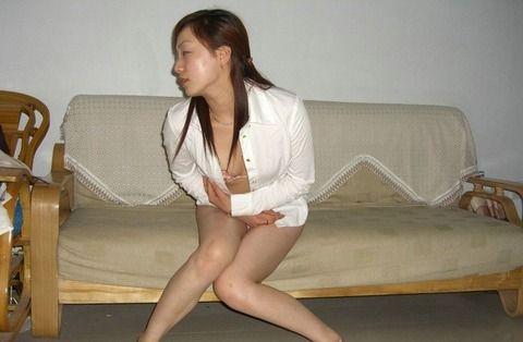 自意識過剰なセフレの素人妻をホテルで撮影したエロ画像 d40474cd
