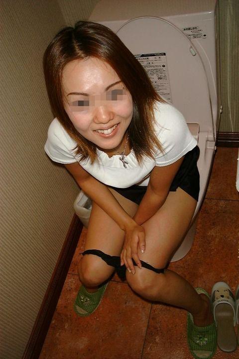 ノリがいい激写されたデリヘル嬢の流出した素人エロ画像 e6c6134d