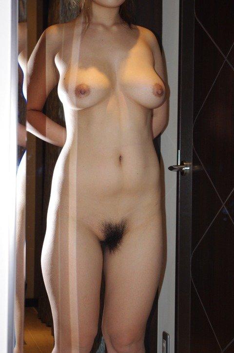 素人娘の巨乳おっぱいが結構美乳なエロ画像 f671cefc